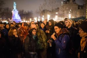 """""""Nuit Debout"""" ne désarme pas. Quant à s'exprimer sur le malaise des jeunes mais aussi de celui de tous les autres auxquels nous sommes tous confrontés, je ne vois contre cette loi comme issue possible  concrètes, que le projet d'un Parlement citoyen si le système parlementaire en place ne se réforme pas rapidement"""